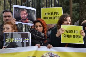 L'Egitto pronto a sacrificare un funzionario di polizia per il caso Regeni? Non è una vera svolta