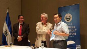 El Salvador: Estudio confirma irregularidades en concesión de frecuencias de televisión y radio
