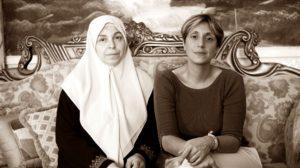 """""""Mi lasciano morire di cancro perché moglie d'un militante di Hamas"""""""