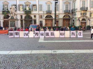 Flash mob: diamo una possibilità alla pace