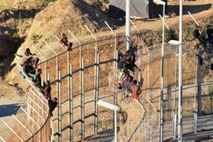Denuncian prácticas violentas contra inmigrantes en Ceuta