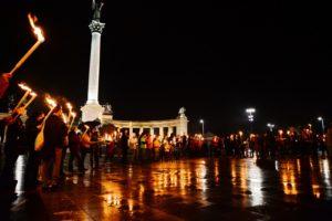 Gewaltlosigkeit: die Antwort auf das fremdenfeindliche Referendum in Ungarn