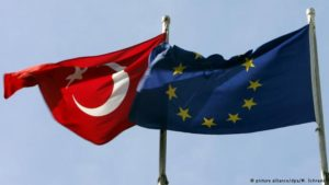 EU lawmakers urge suspension of Turkey membership talks