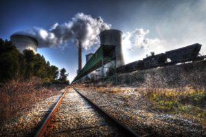 Greenpeace: UE potrebbe far fallire il passaggio alle rinnovabili per salvare il carbone