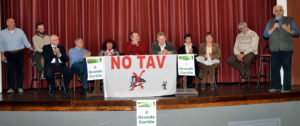 No Tav, De Magistris in Val di Susa solidarizza con i cittadini in lotta