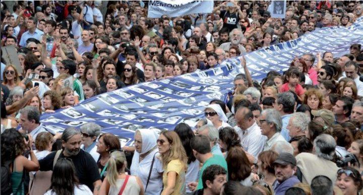 Manifestation pour la libération de Milagro Sala à Paris