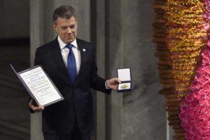 Colombia logró lo que parecía imposible, acabar la guerra: Santos