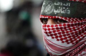 Hamas denuncia continue aggressioni mentre salgono a 4 i morti all'interno dei tunnel