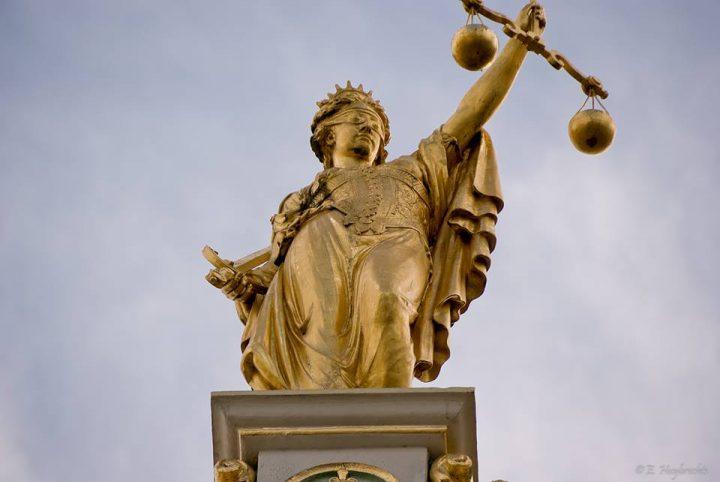 Πρωτοβουλία κατά της έκδοσης των Οκτώ Τούρκων αξιωματικών: Το Σύνταγμα και οι νόμοι δεν δίνουν στην πολιτική εξουσία δικαίωμα έκδοσης