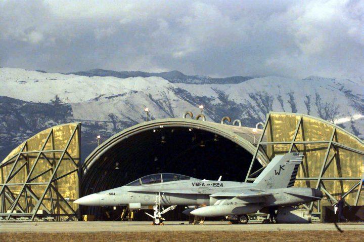 """Armi atomiche Usa, Girotto: """"Vanno rimosse dalle basi militari di Aviano e Ghedi"""""""