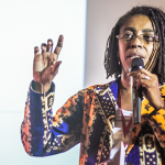O direito à informação e os direitos das mulheres negras