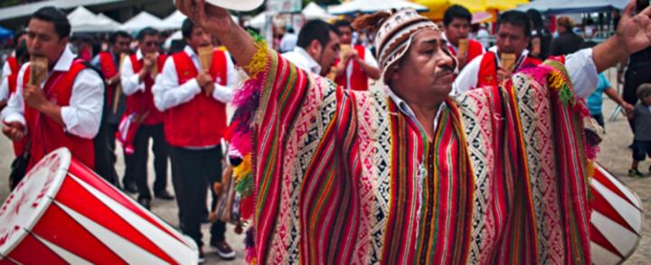 Em quatro locais, Alasitas agita bolivianos, brasileiros e outras nacionalidades em São Paulo