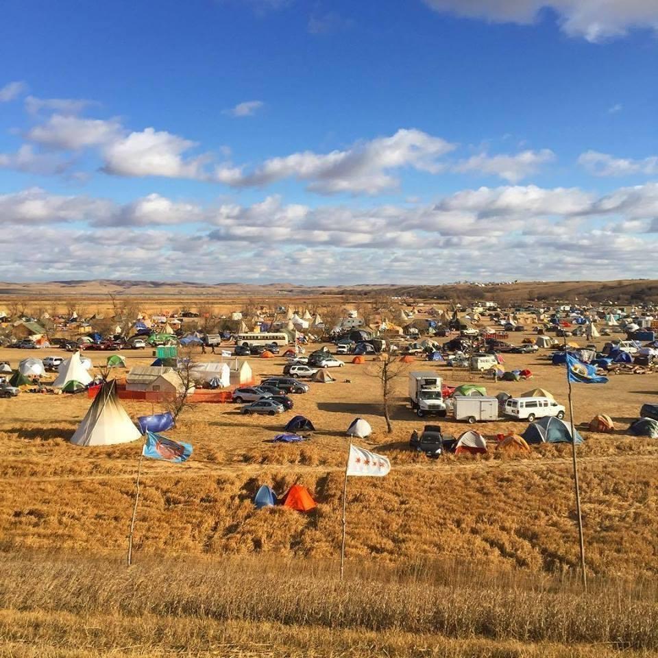 Pressenza 40 milioni di dollari ritirati dall oleodotto for Camp stone