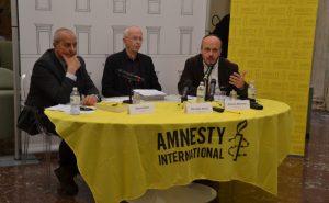 Rapporto Amnesty, tocca a tutti noi difendere i diritti umani