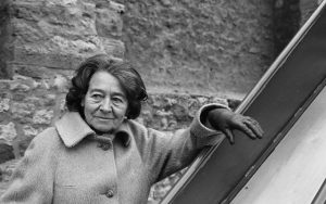 «Μίλενα από την Πράγα»: δυο ερωτευμένες γυναίκες σε στρατόπεδο συγκέντρωσης