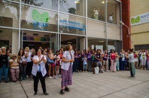 Abrazo solidario a la Maternidad de parto respetado Estela de Carlotto