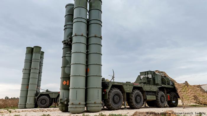 Friedensforscher: Weltweiter Waffenhandel steigt stetig
