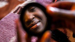 Προώθηση εγκατάλειψης της πρακτικής του ακρωτηριασμού γυναικείων γεννητικών οργάνων