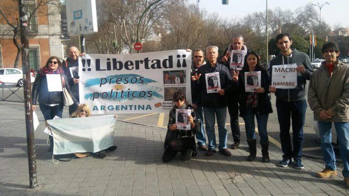 Applicano la Legge Bavaglio a manifestanti pacifici, che denunciavano Macri