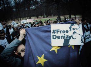 Proteste und Kundgebungen für Deniz Yücel