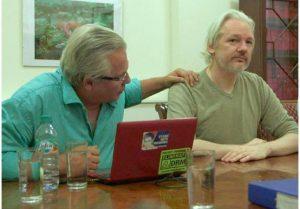 """Dokumentarfilm """"Hacken für die Gerechtigkeit"""" über Julian Assange hat im Mai 2017 Premiere"""