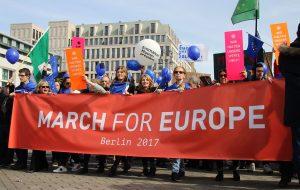 Berlín marchó por Europa