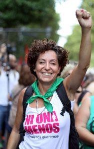 """Marta Dillon """"El neoliberalismo condiciona nuestras vidas y más a las mujeres"""""""