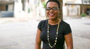 Professora haitiana que vive no Brasil faz 'vaquinha' na internet para construir escola no país caribenho