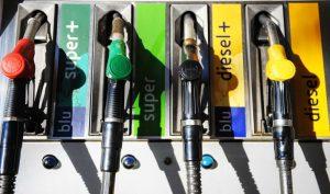 """Auto a gasolio: noi soffochiamo e i """"decisori"""" prendono tempo"""