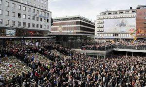 Στοκχόλμη: δεν θα απαντήσουμε με φόβο αλλά με αγάπη