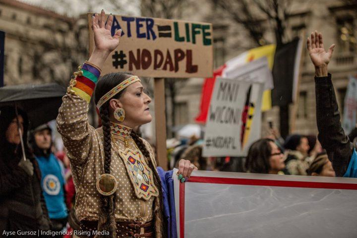 Dakota Access Pipeline Protest: Intesa SanPaolo Answers and Protest organizers Respond