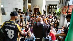 Faculdade de direito da USP aprova cota raciais