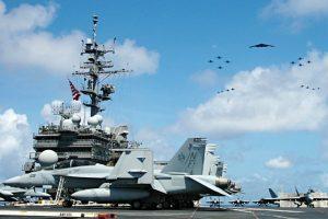 Zahltag – Ein dicker Scheck für die Militärs