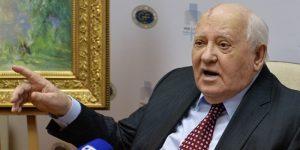 Γκορμπατσόφ: «Ο κόσμος ετοιμάζεται για πόλεμο»