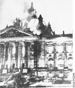 Fermare la guerra degli emuli di Hitler e Mussolini