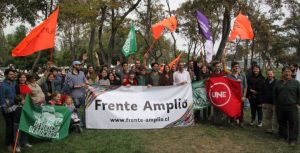 """El programa del Frente Amplio debe ser """"la experiencia acumulada de años de movilización social"""""""