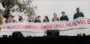 """Estudiantes marchan por el #FinALaDeuda y advierten a Bachelet que aún puede """"enmendar su rumbo"""""""