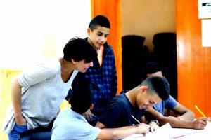 Palestina, bambini obbligati a crescere troppo in fretta