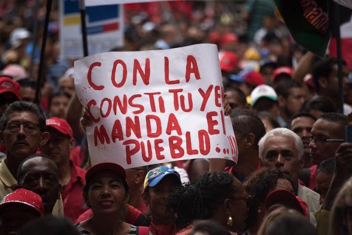 Venezuela: Barajar y dar de nuevo, con la carta de la Constituyente