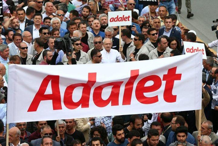 Turchia: marcia per la giustizia