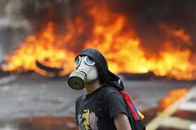 Símbolos y máscaras de la derecha venezolana