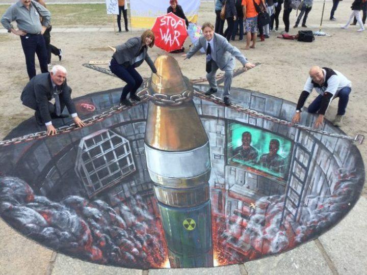 Nuova mozione al Senato affinché l'Italia partecipi ai negoziati per il bando delle armi nucleari