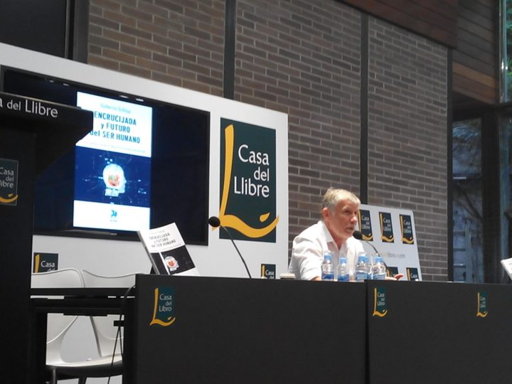 Guillermo Sullings en la Casa del Libro de Barcelona