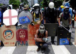 La oposición venezolana se quita la careta y muestra su rostro terrorista en el día de la votación a la Constituyente