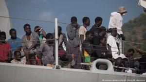 Europa falló en el tema de los refugiados, dice Lambrinidis