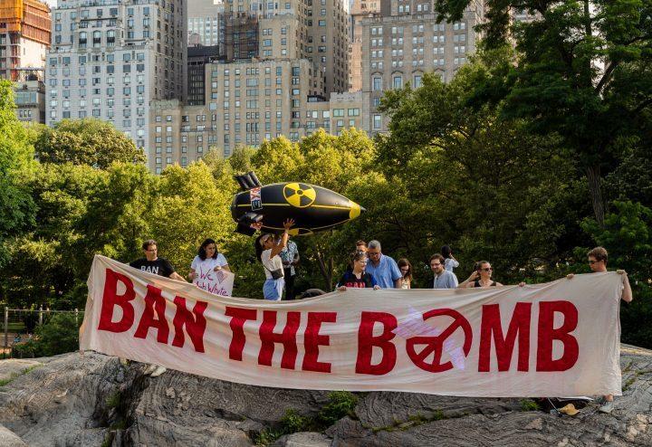 """""""L'Italia ratifichi il Trattato per la proibizione delle armi nucleari accogliendo il diritto dell'Umanità alla sopravvivenza"""""""
