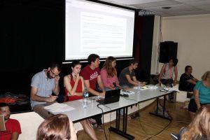 """Assemblea d'Un País en Comú al Centre Cívic """"Sant Josep"""" de l'Hospitalet de Llobregat"""