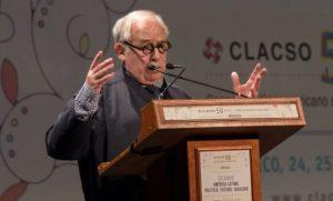 In memoriam del político brasileño Marco Aurelio García (1941-2017)