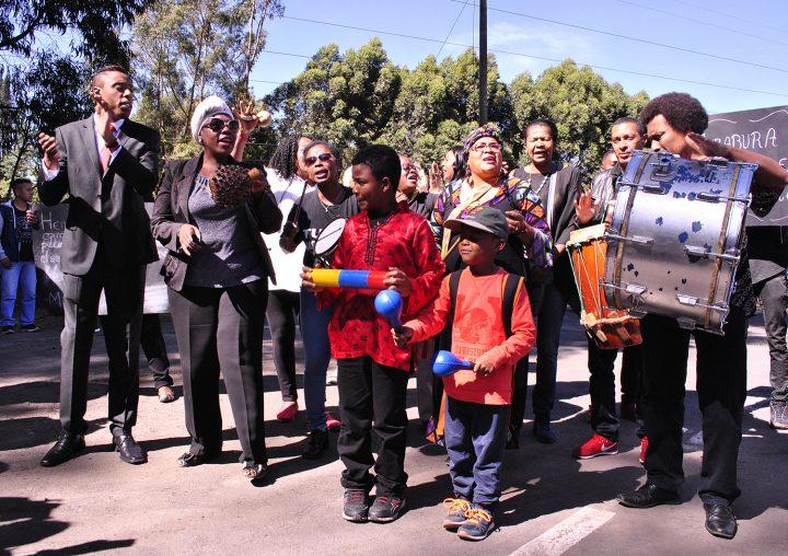 A propósito de delitos de odio y disculpas públicas en Ecuador