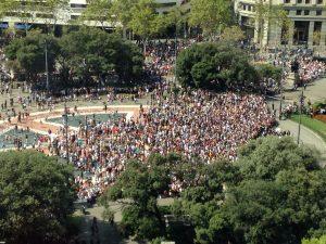 Wir haben keine Angst! Massive Resonanz der Bürger auf die Attentate in Katalonien